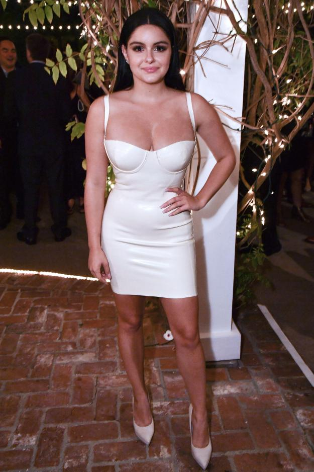 The actress showed off her impressive cleavage and enviable legs