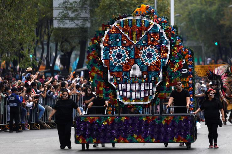 As the traditional mark of the Day of the Dead, skulls in all shapes and sizes featured in the parade