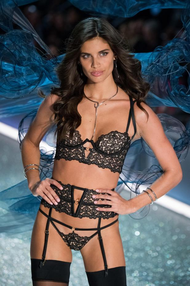 Victoria's Secret model Sara Sampaio says she is still pressured to pose naked for photoshoots