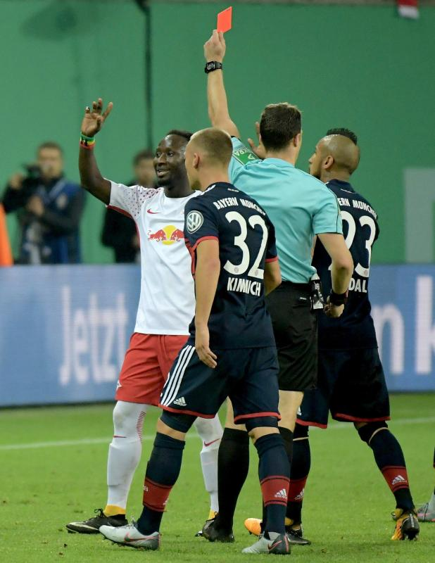nintchdbpict000362530947 - Naby Keita 'submits fake drivers' licence and faces potential £90,000 tremendous'