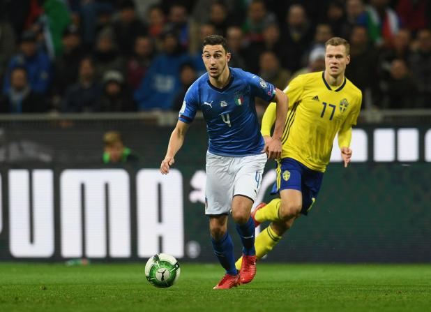 nintchdbpict000367286521 - Roma want Manchester United man Matteo Darmian in January on loan with obligation to buy in summer