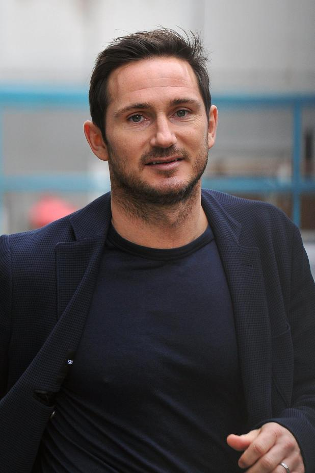 nintchdbpict000303523773 - Frank Lampard in talks to become League One side Oxford's manager