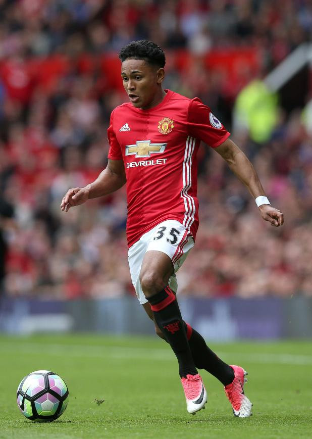 nintchdbpict000325536267 - Manchester United youngster Demetri Mitchell sent on loan to Hearts for rest of season