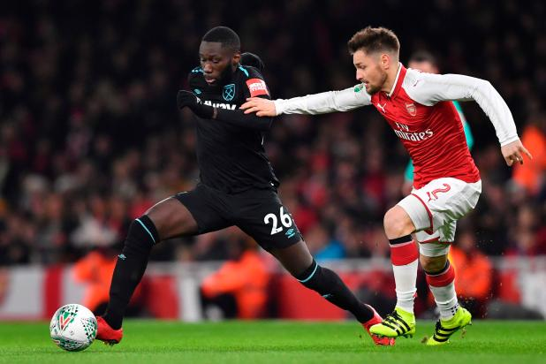 nintchdbpict0003740304061 - Arsenal defender Mathieu Debuchy to sign for Saint-Etienne in deadline day deal