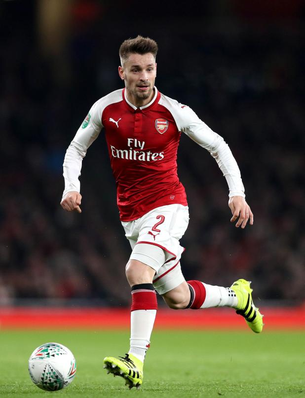 nintchdbpict0003740355542 - Arsenal defender Mathieu Debuchy to sign for Saint-Etienne in deadline day deal