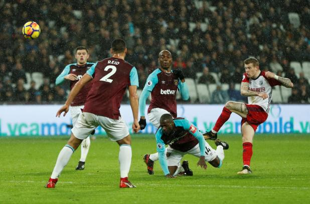 nintchdbpict000375837884 - West Ham 2 West Brom 1: Watch highlights as Andy Carroll bags 94th-minute winner to seal dramatic three points for Hammers