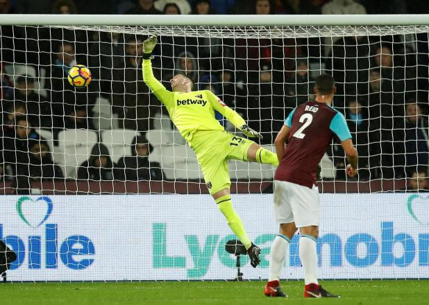 nintchdbpict000375838110 - West Ham 2 West Brom 1: Watch highlights as Andy Carroll bags 94th-minute winner to seal dramatic three points for Hammers