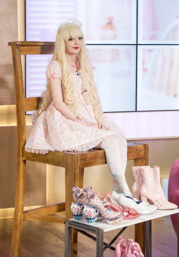 Jade ha gastado £ 4,000 en su colección de zapatos