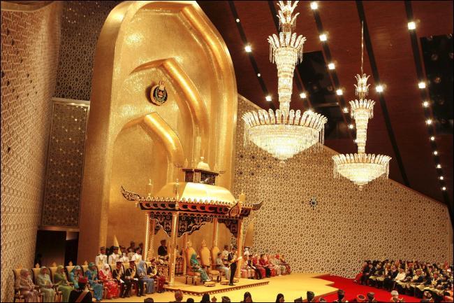 Faiq Bolkiah turned his back on a lavish lifestyle full of gold