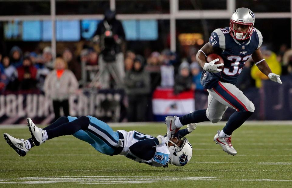 Dion Lewis was at his elusive best for the Patriots on Saturday night