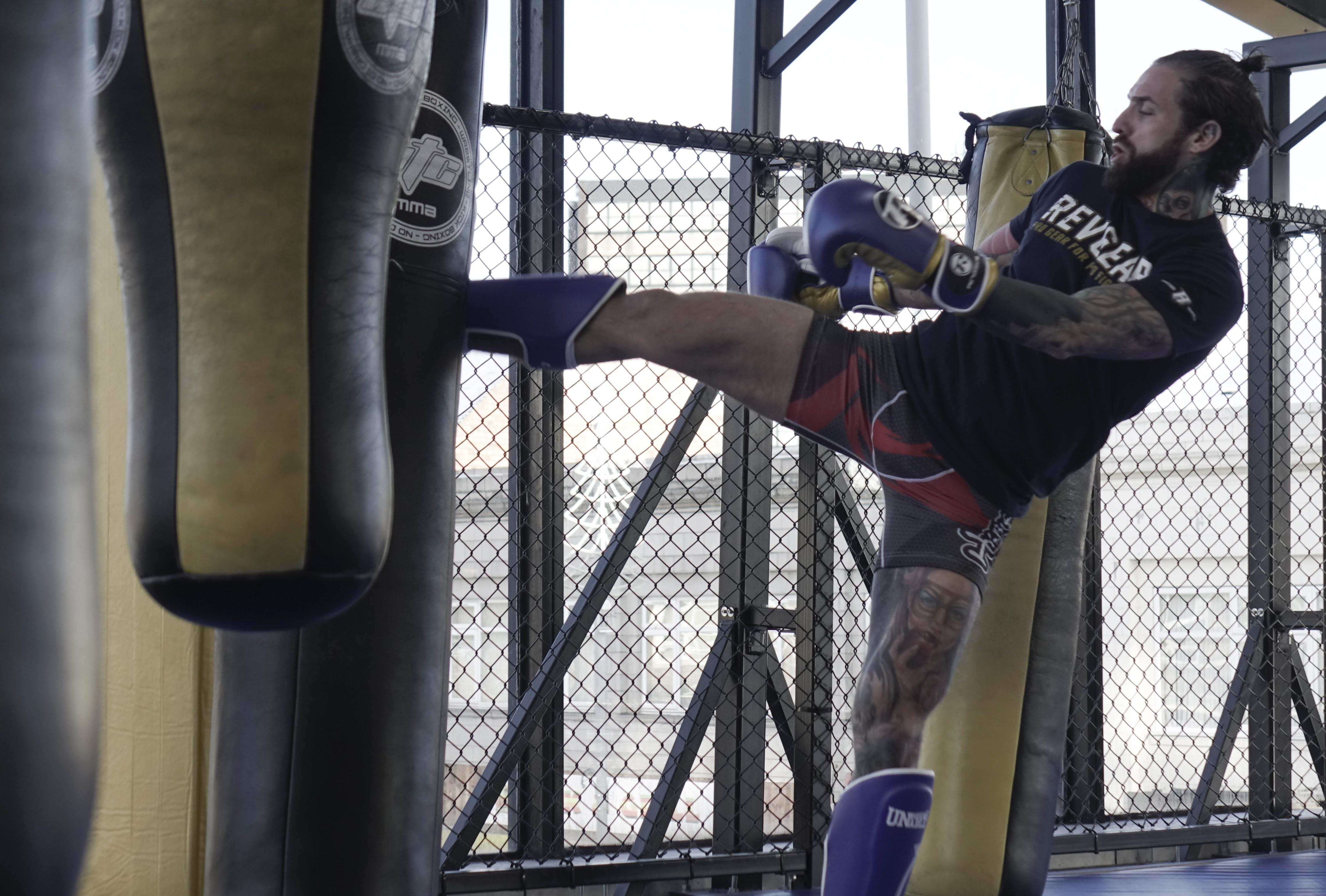 Aaron Chalmers has three straight wins on his record