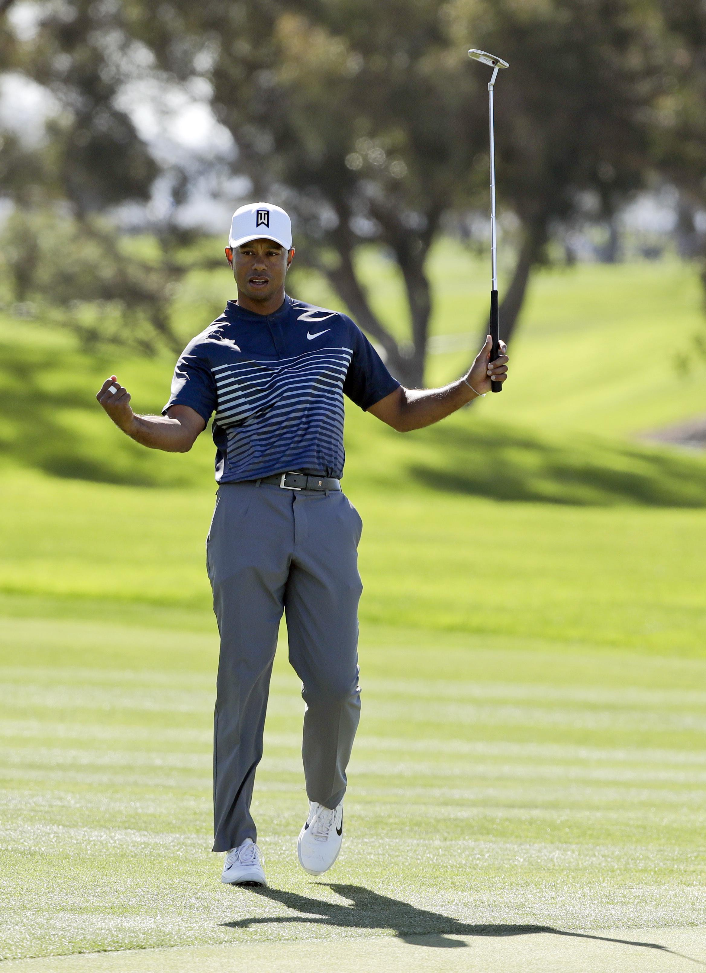 Tiger Woods flirted with the cut line all day