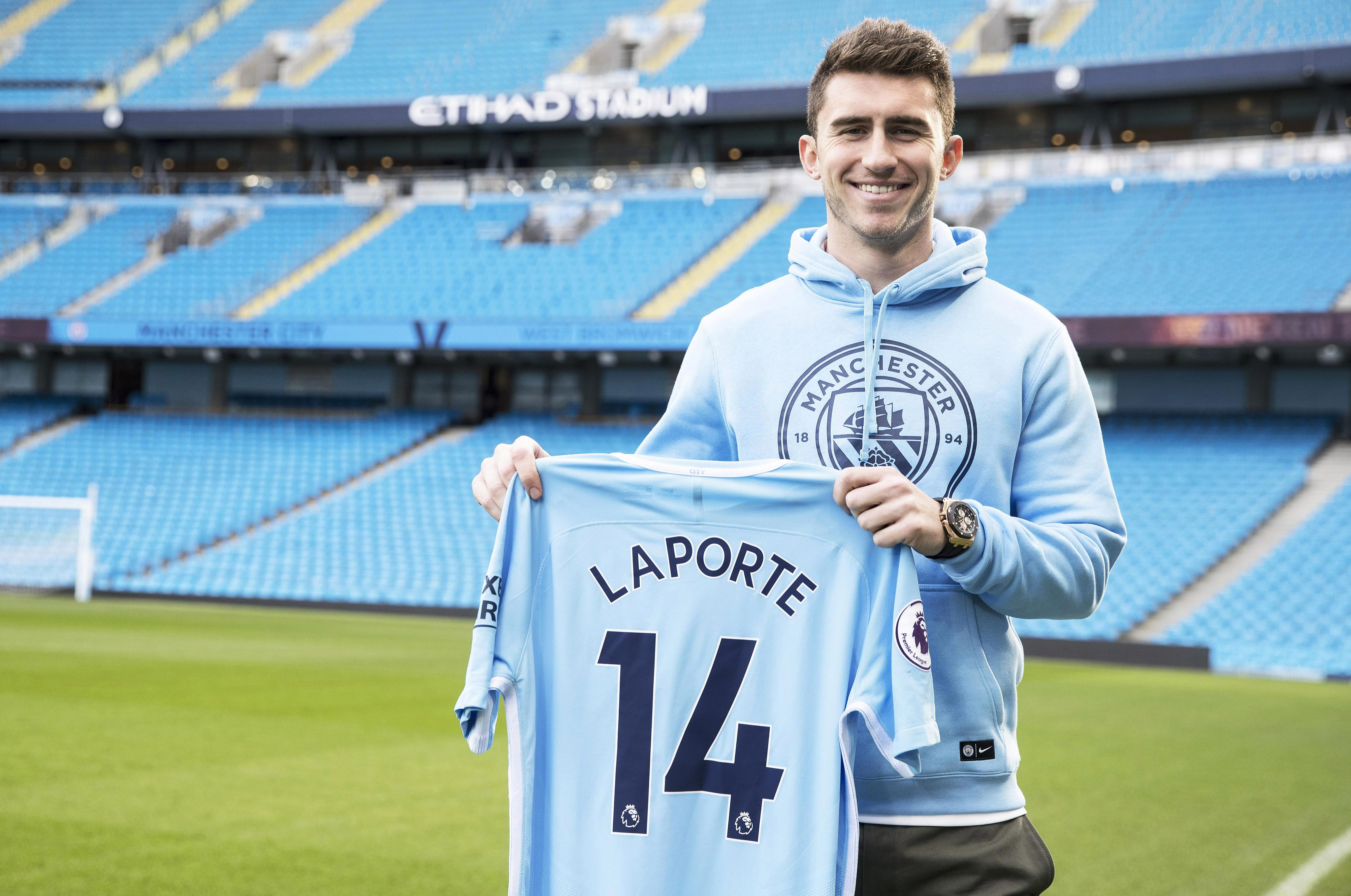 Manchester city complete 57m signing of athletic bilbao for Laporte city