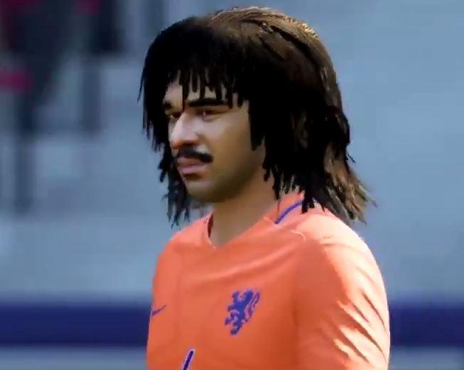 Gullit as he appears in FIFA 18