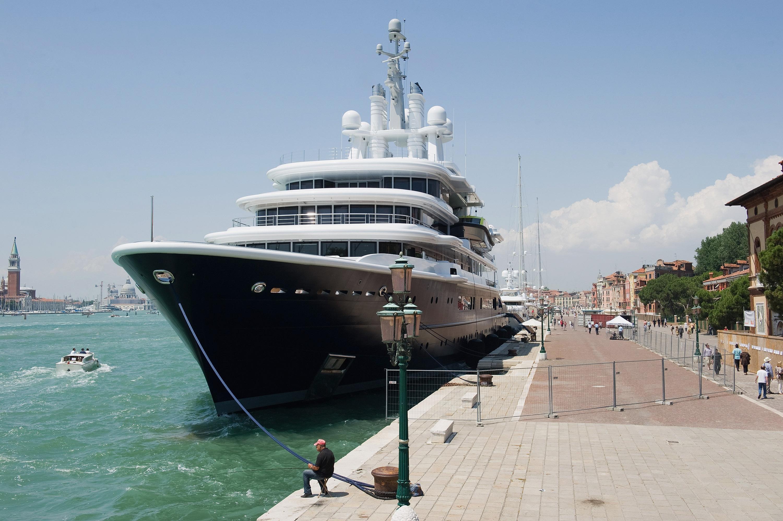 Roman Abramovich owns the Eclipse yacht, which is worth around £1.2billion