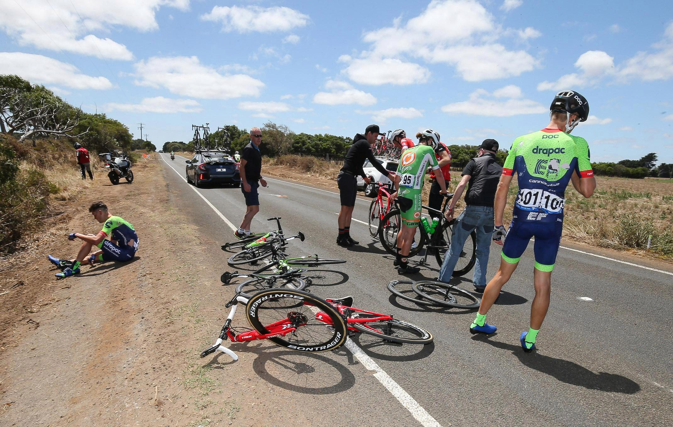 Four riders went down on stage one proper of the Herald Sun Tour in Australia but Luxembourg rider Didier's Trek bike was wrought in half