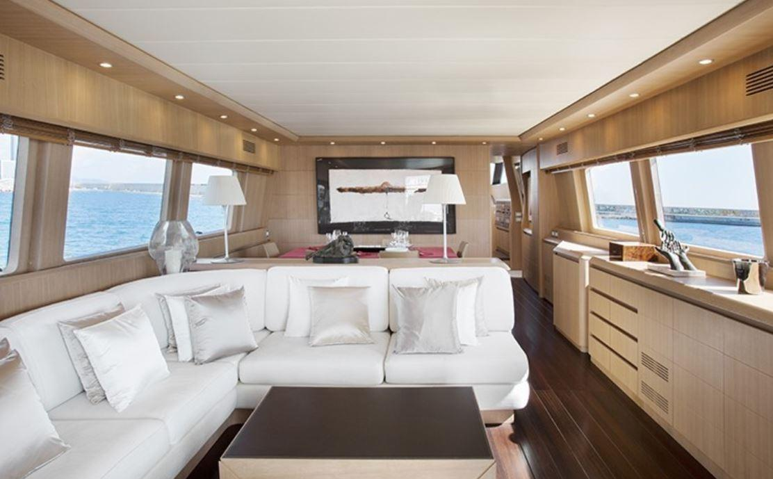 Up to ten guests can enjoy the comfort of the Seven C yacht