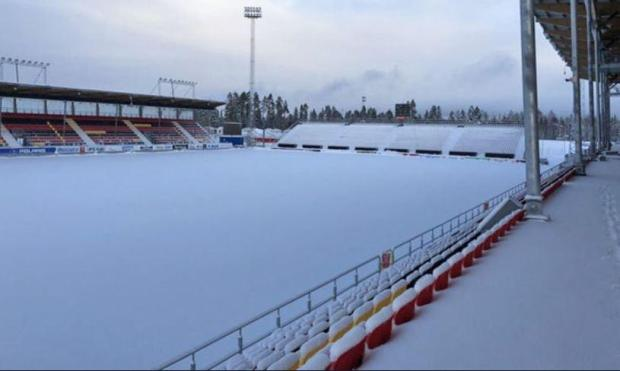 The Ostersunds pitch is hidden by snow last week