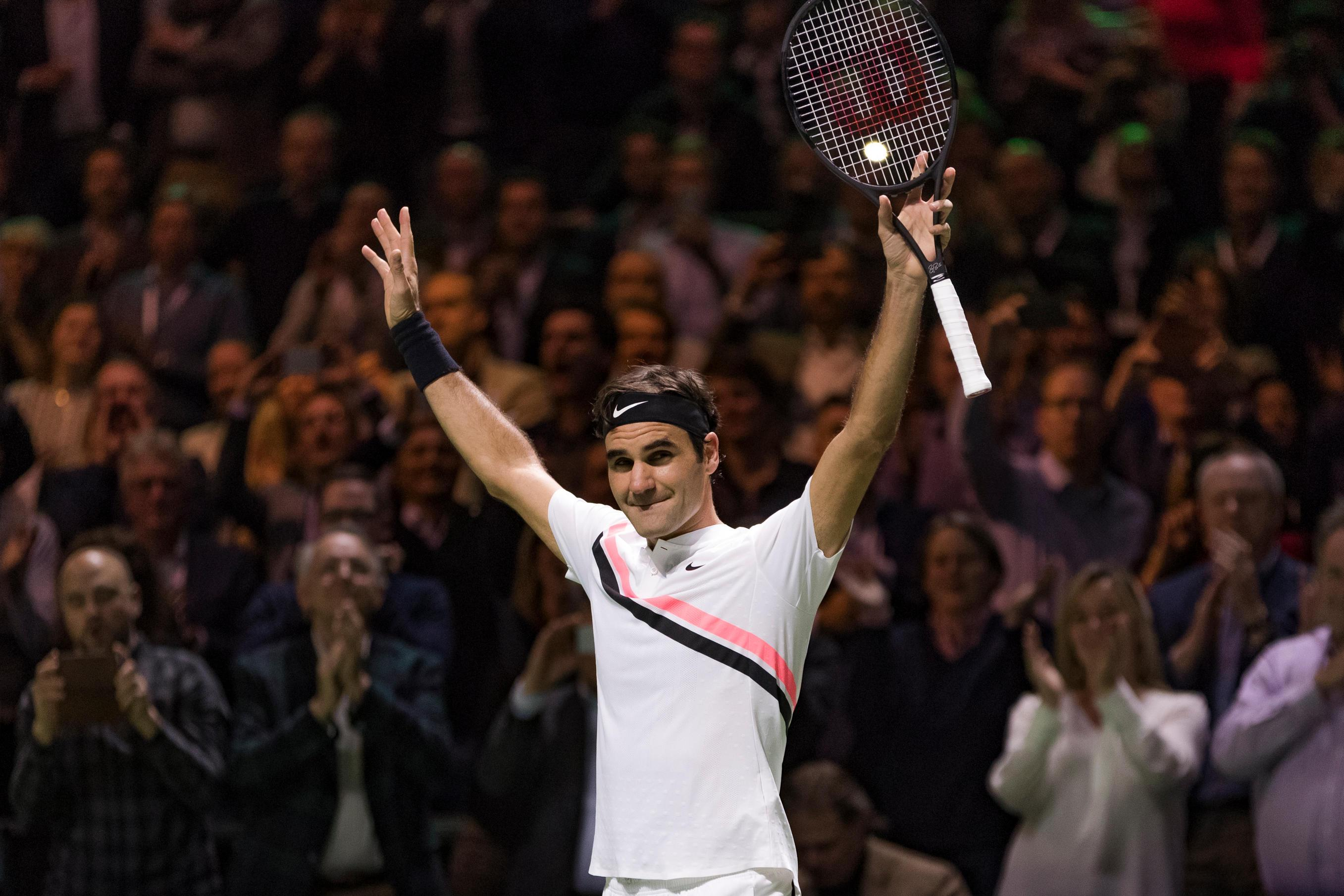 Twenty-time Grand Slam champ Roger Federer celebrates returning to the summit of the world rankings