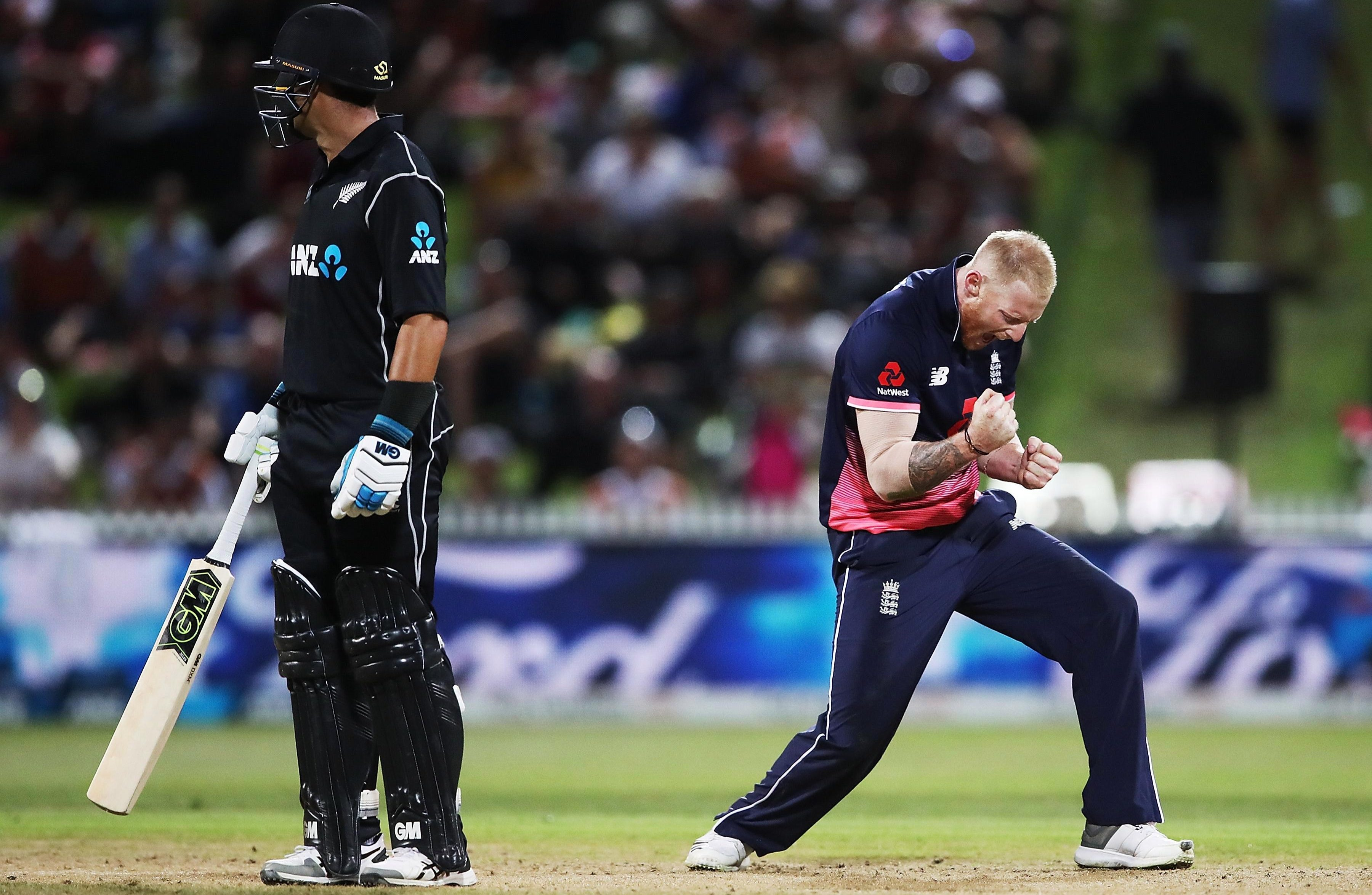 Ben Stokes took the wickets of Tom Latham and Colin de Grandhomme in his second spell to give England hope
