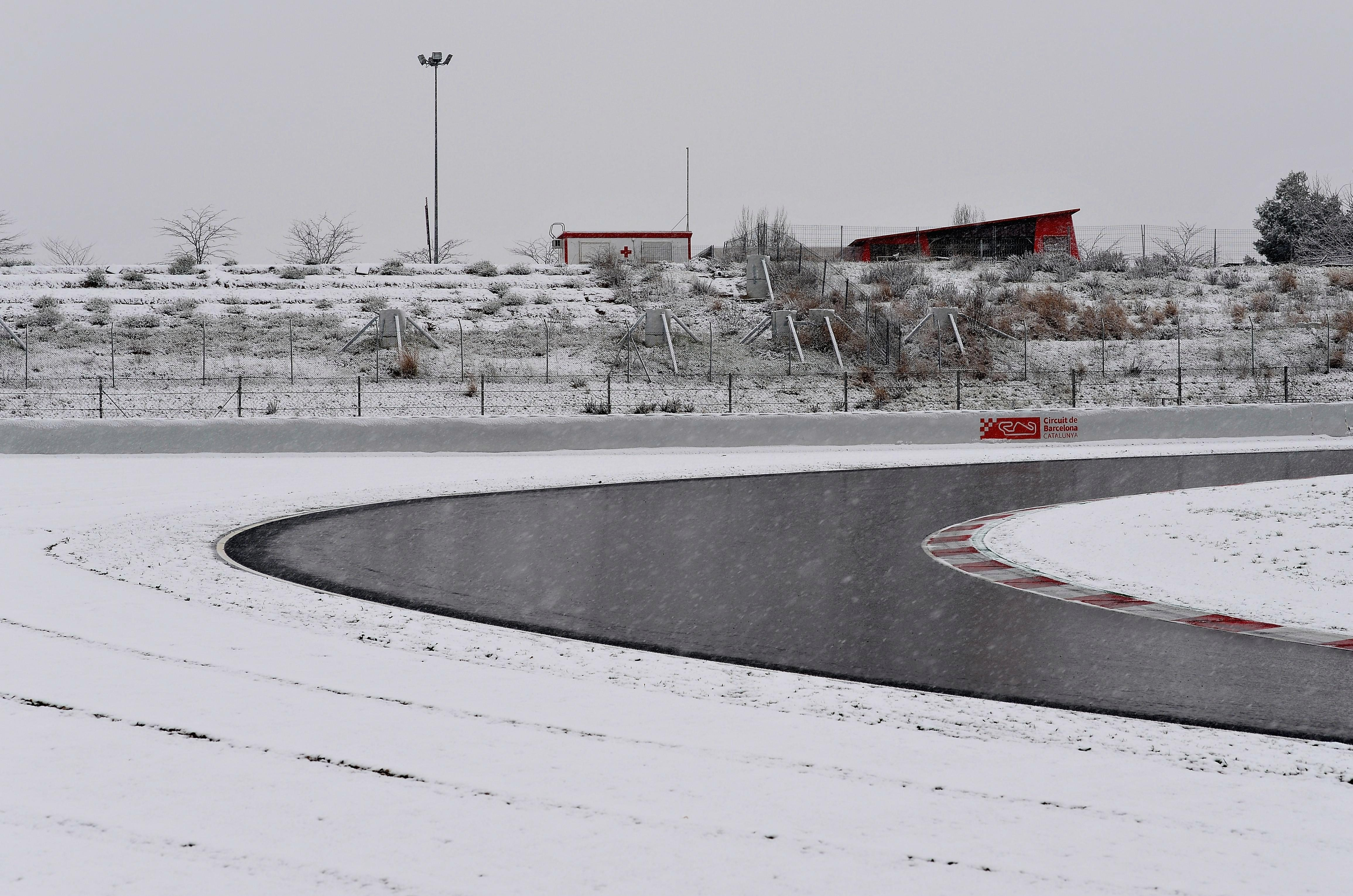 Freezing temperatures mean Hamilton's second and third test run on Tuesday was also scrapped