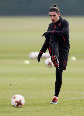 Arsenal are reportedly happy to let Hector Bellerin leave for £50m