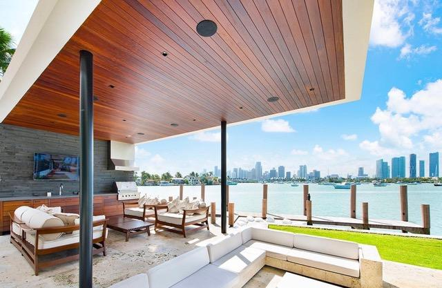 The outdoor area houses one of the most spectacular views in Florida