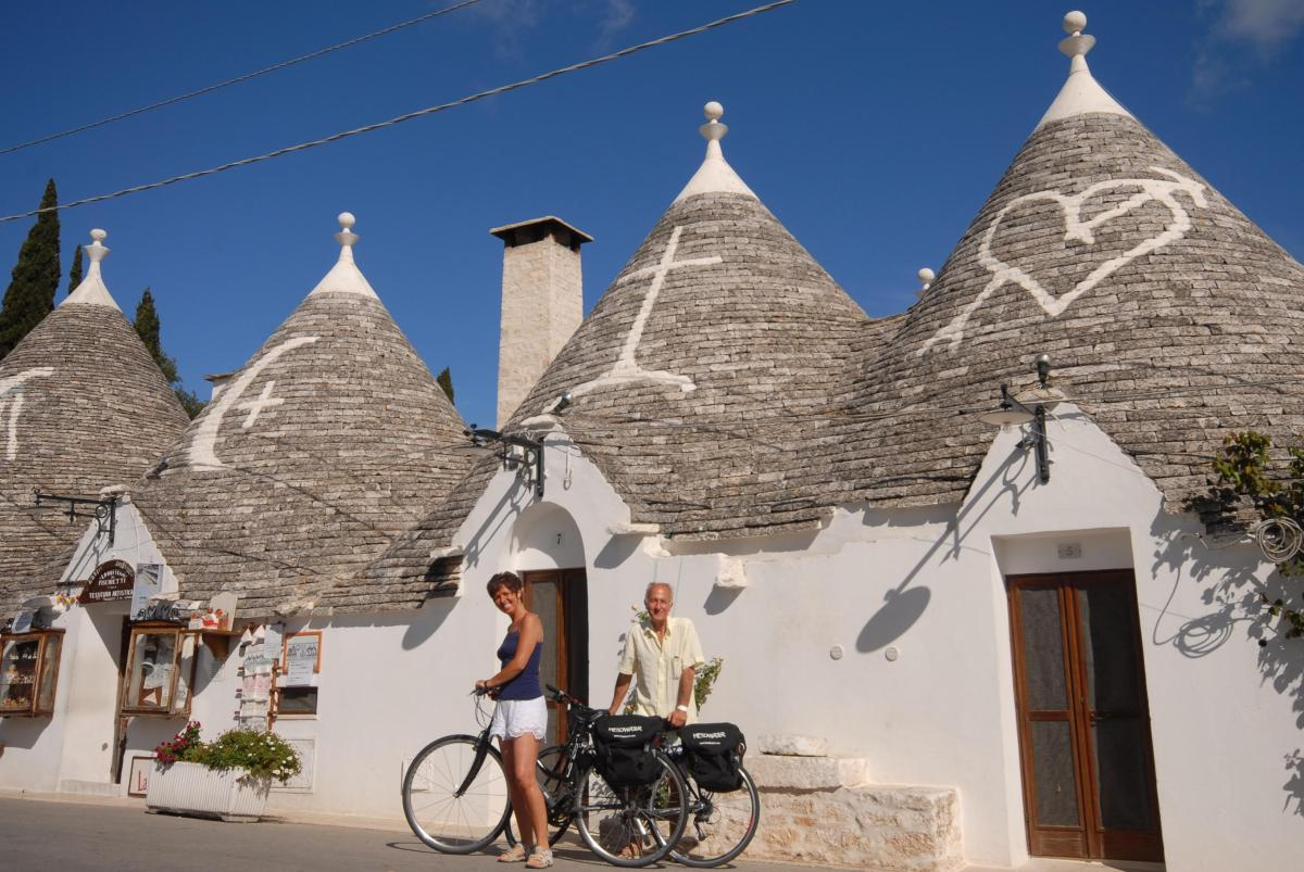 Taking a cycle tour through the region you can see the quaint little homes of Apulia
