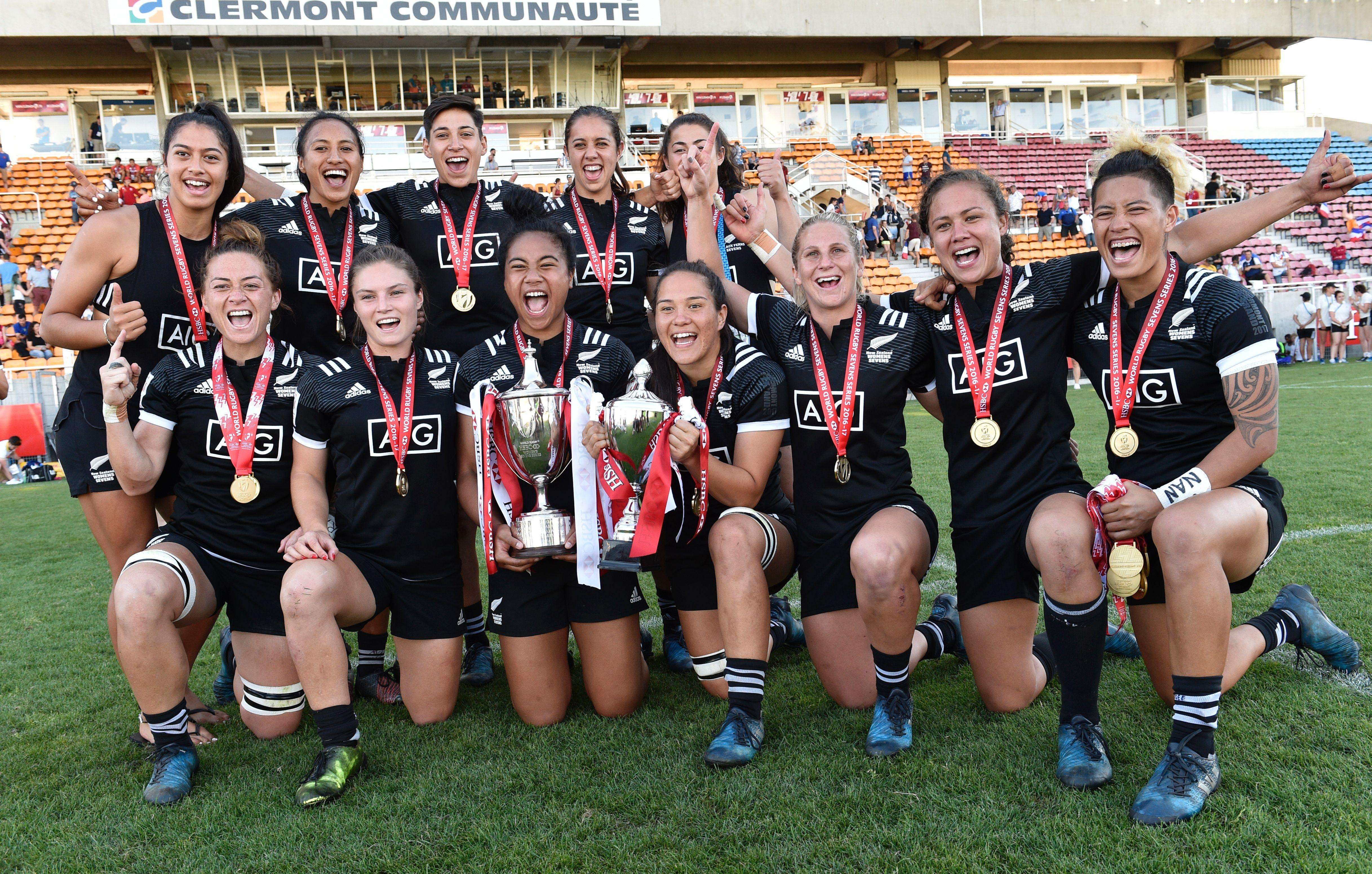 New Zealand's rugby sevens team had hopes of winning on the Gold Coast but their hopes have been seriously dented