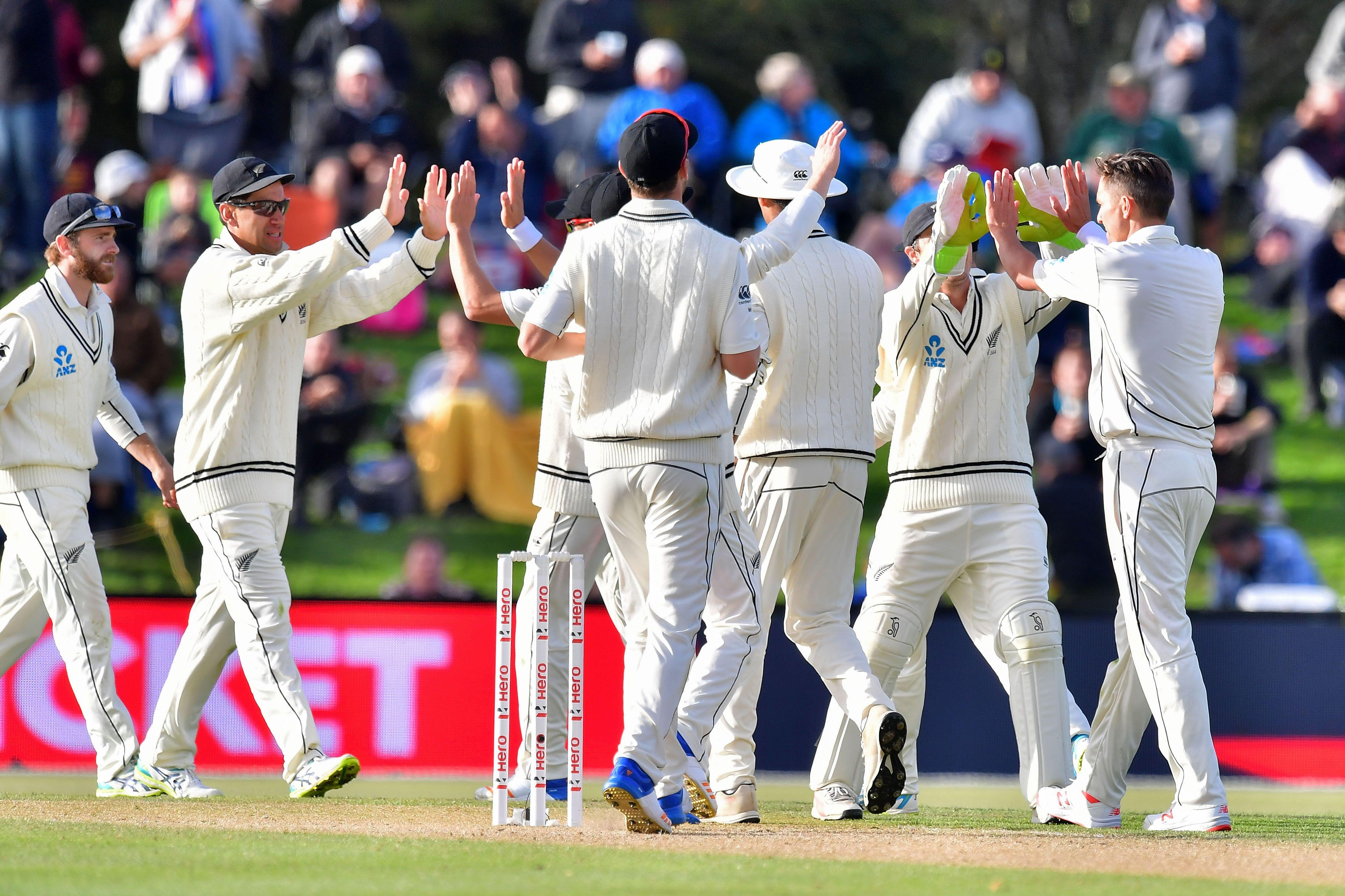 New Zealand players celebrate after James Vince is caught out
