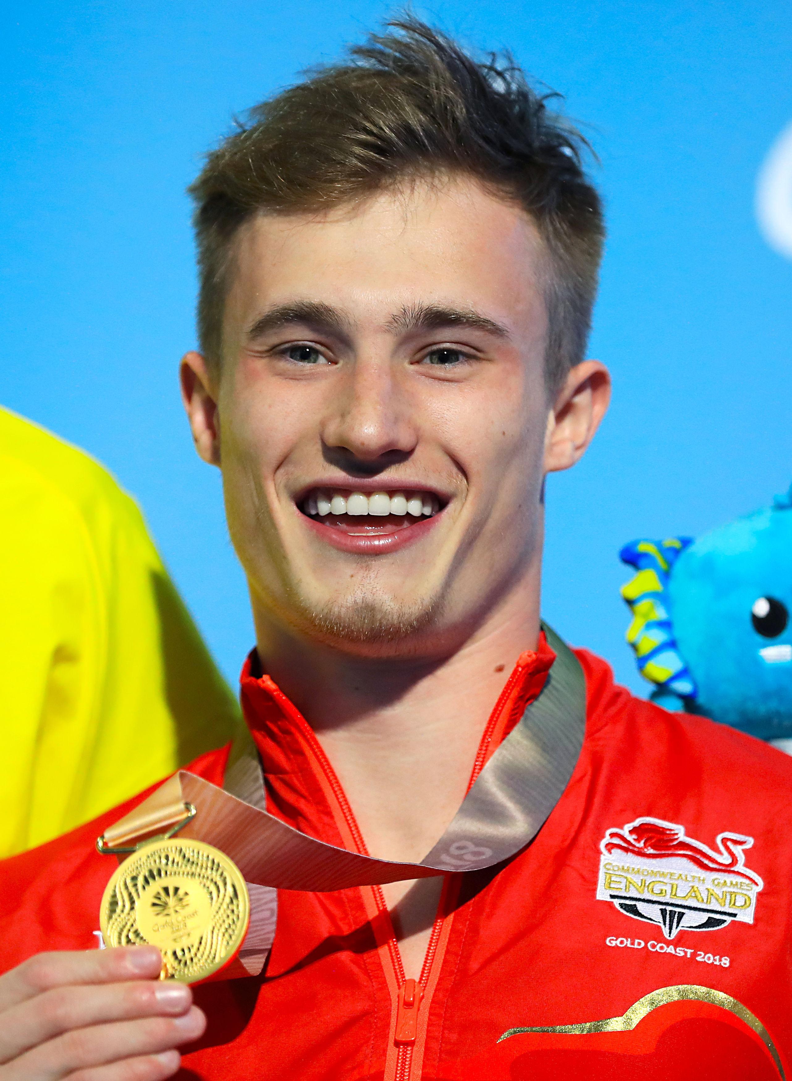 Laugher celebrates defending his Commonwealth title in Australia