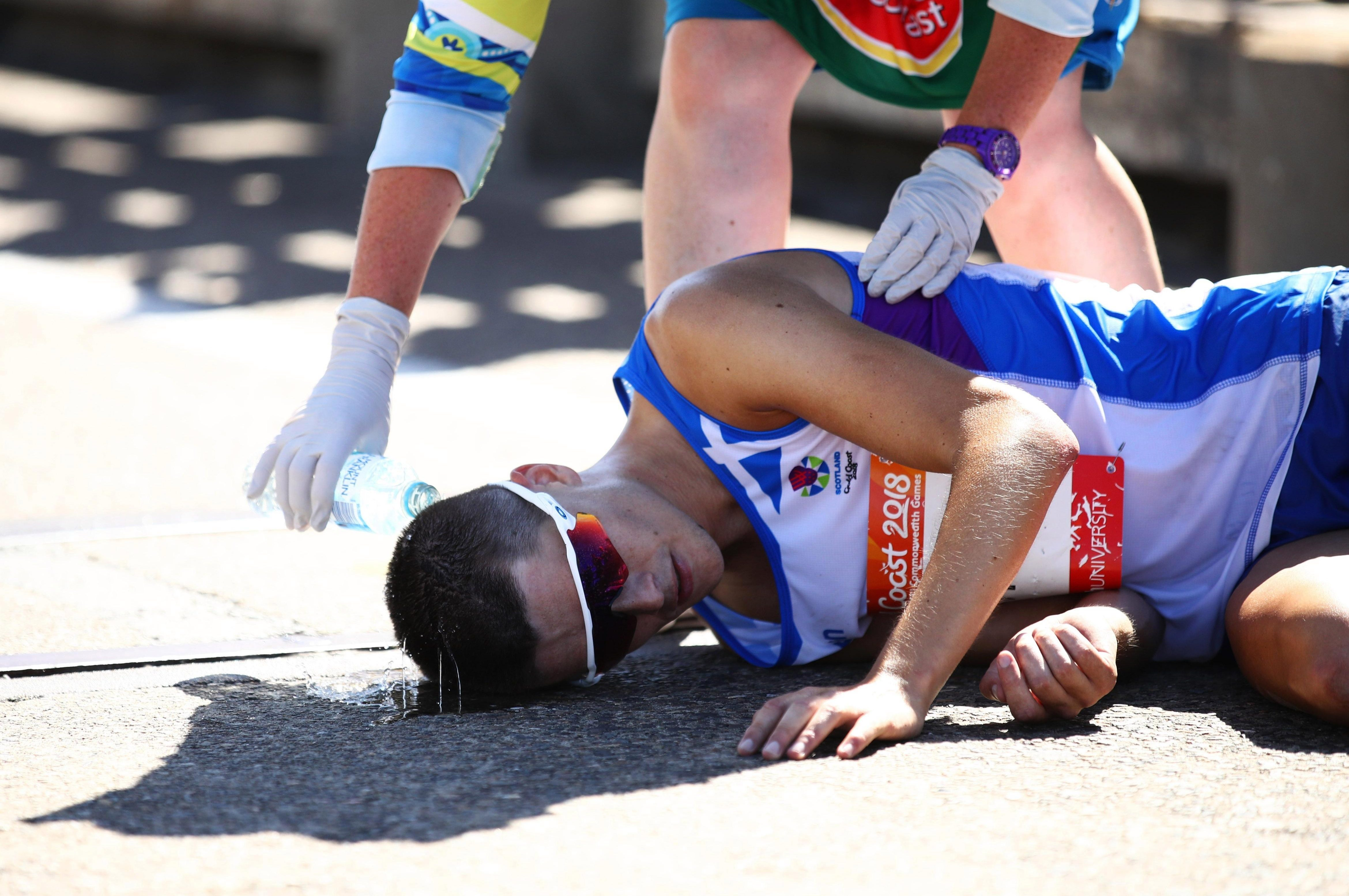 Callum Hawkins was leading the marathon when he dramatically collapsed