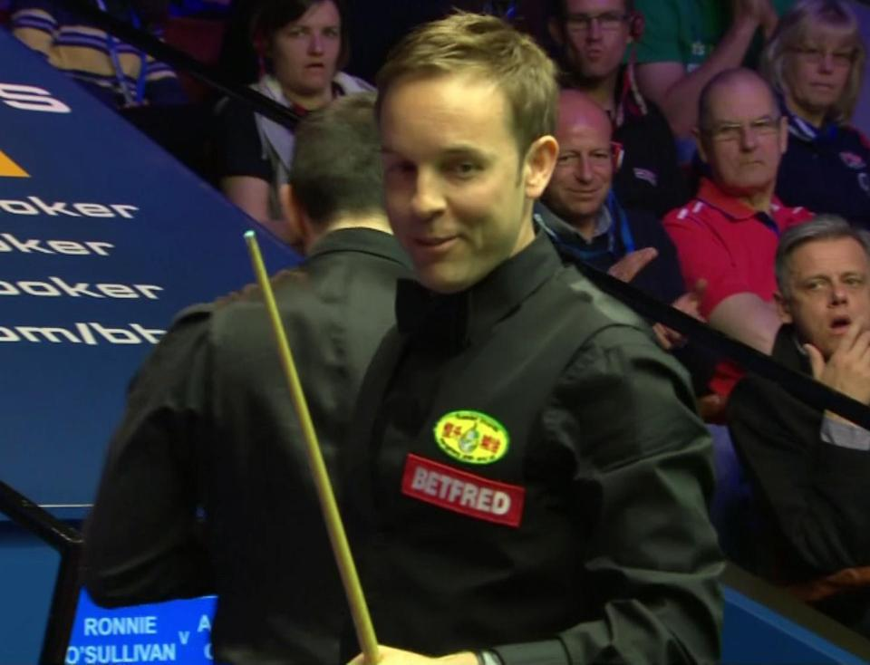 Things became heated when he appeared to barge into Carter's shoulder in the 19th frame