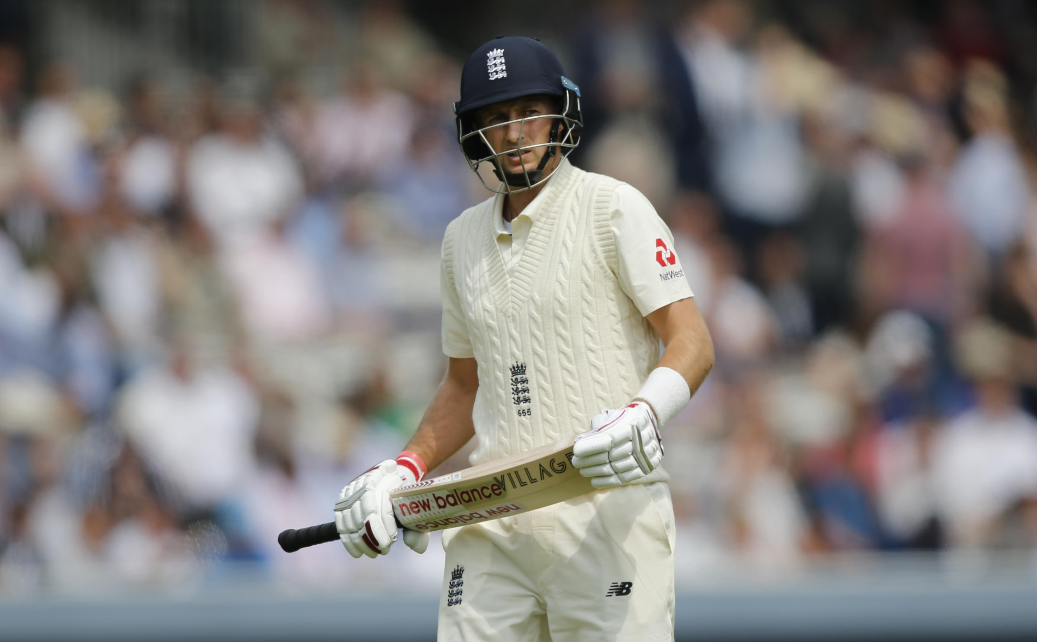 England skipper Joe Root trudges off after getting out to a horrible shot for 4