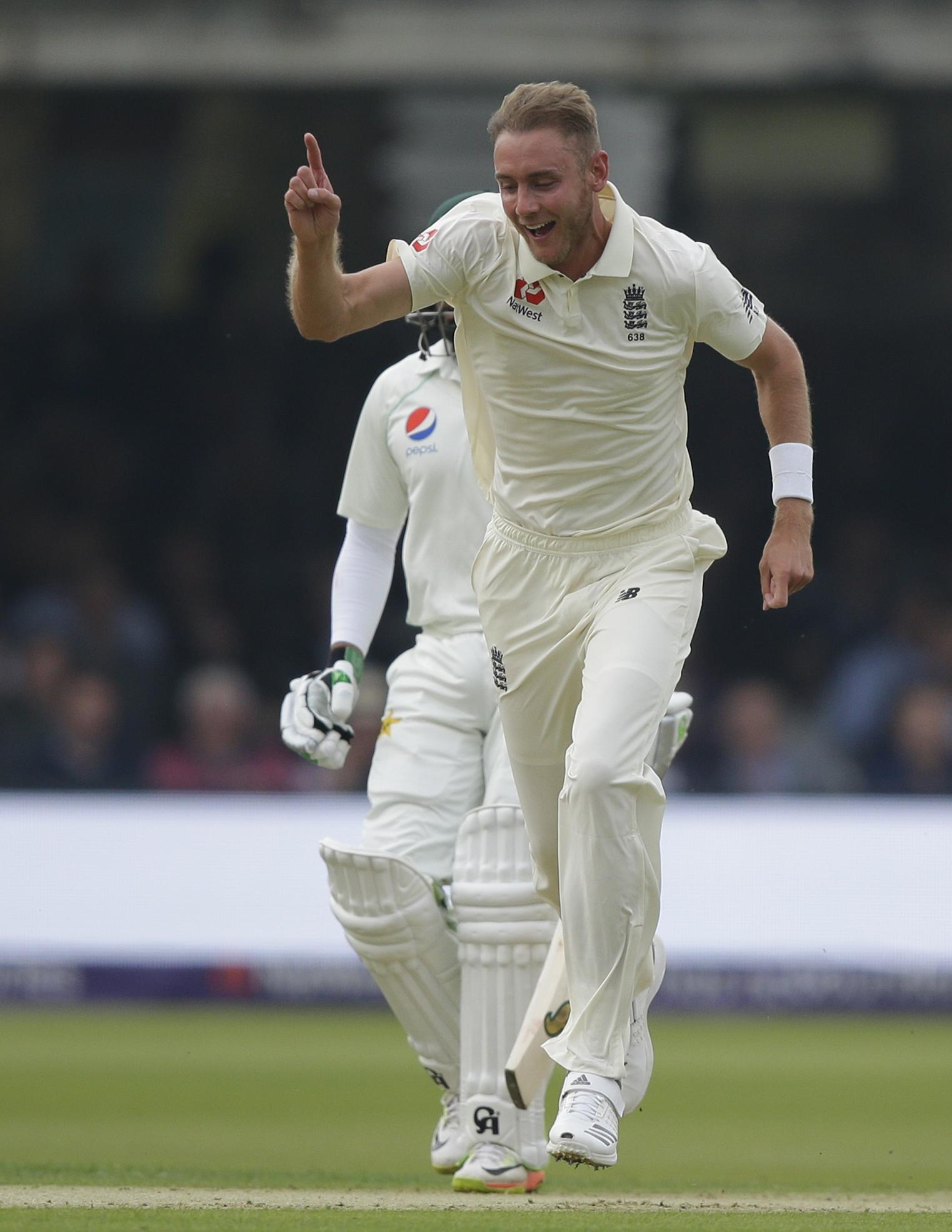 Stuart Broad claimed the wicket of Pakistan opener Imam-ul-Haq