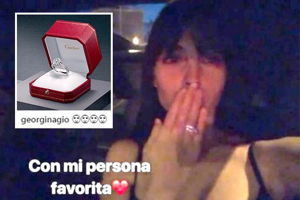 Cristiano Ronaldo S Girlfriend Georgina Rodriguez Given Cartier