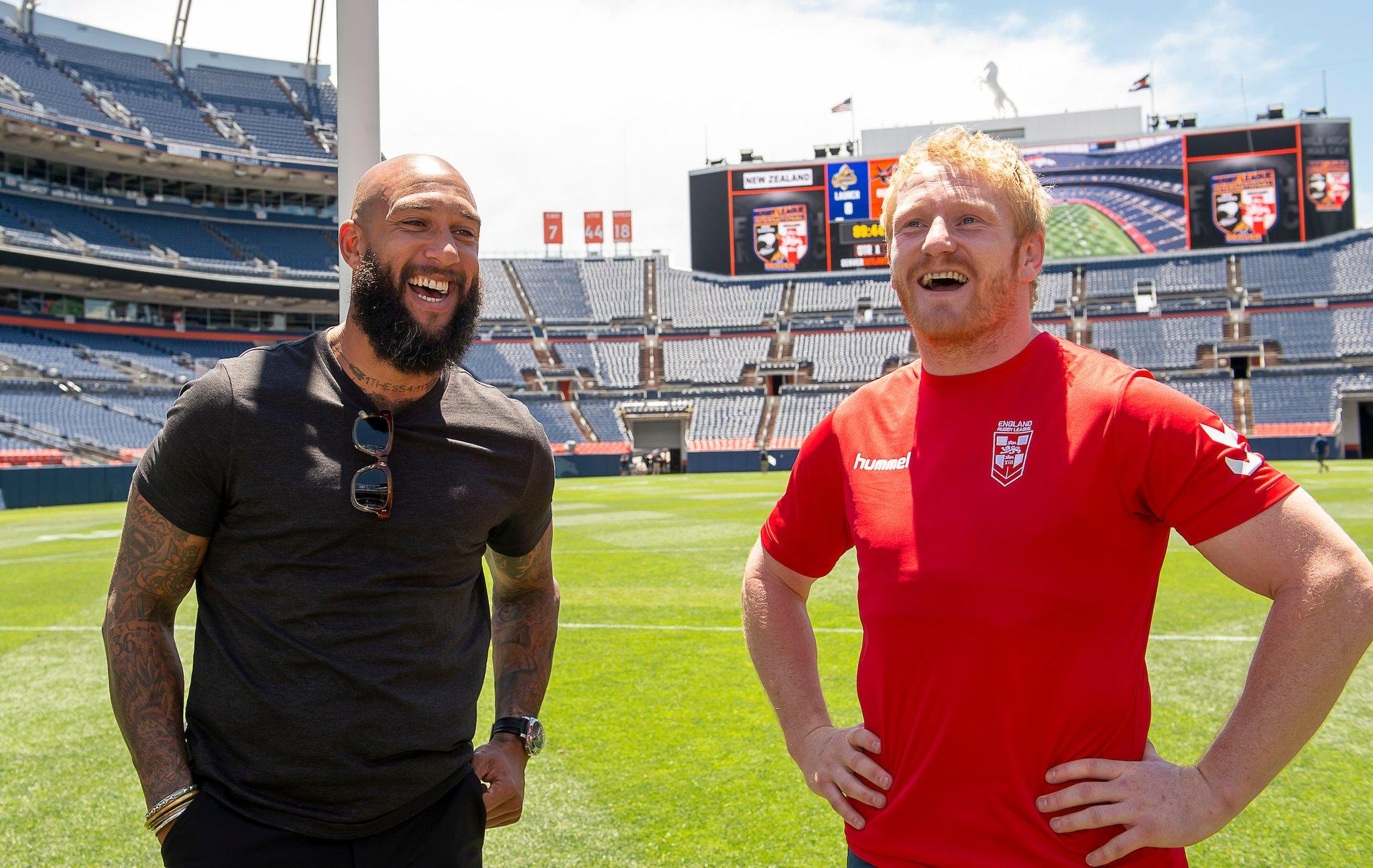Everton fan James Graham (right) met former Toffees goalkeeper Tim Howard in the run up to England's 36-18 win