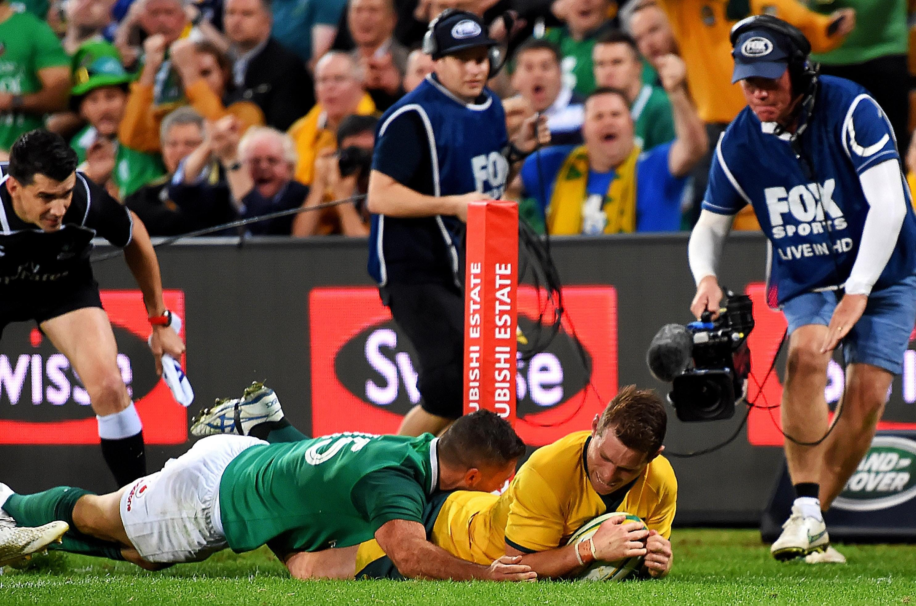 Foley's first-half try capped a superb performance from the Australia No10
