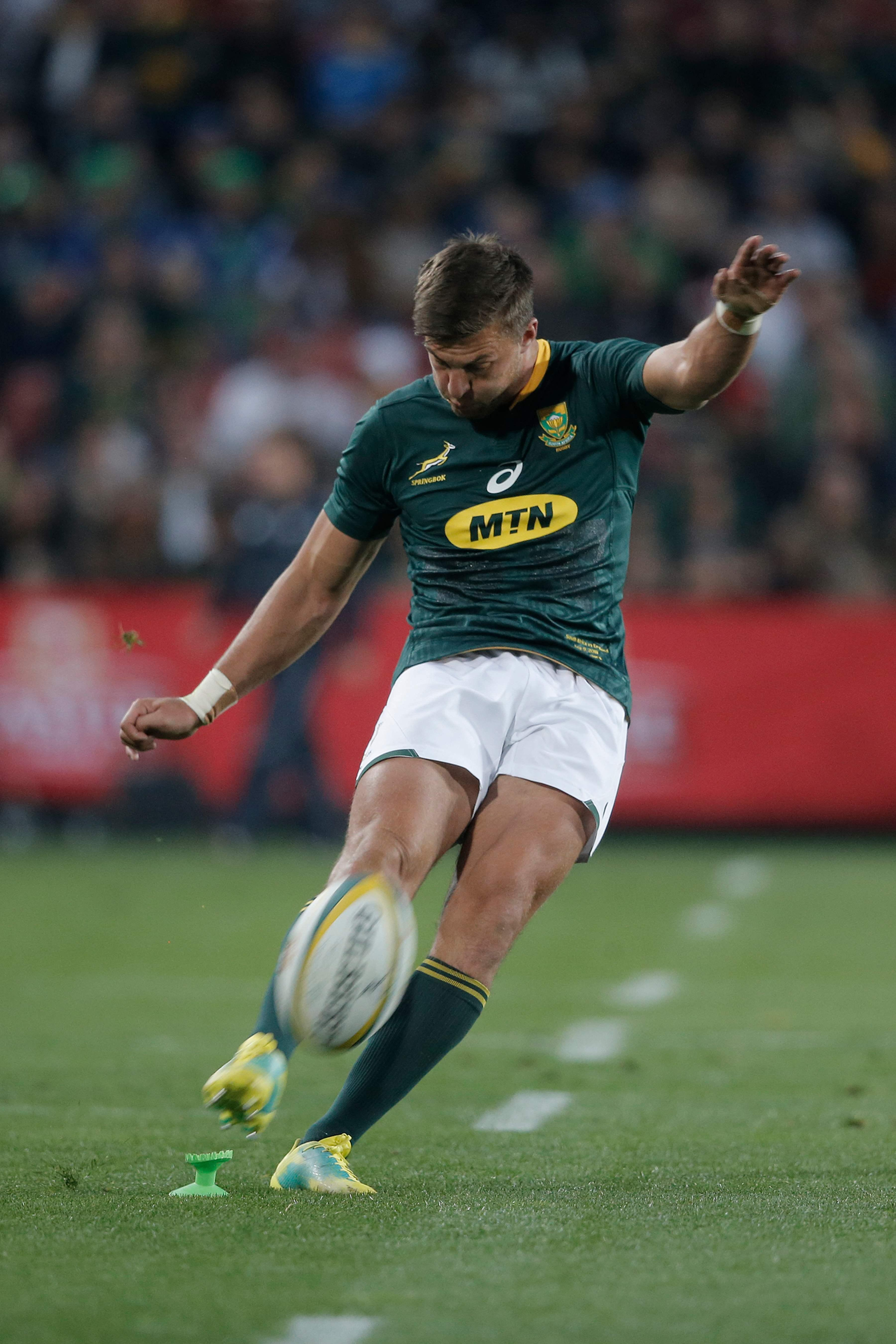 Fly-half Handre Pollard scored three penalties for South Africa as they won 42-39