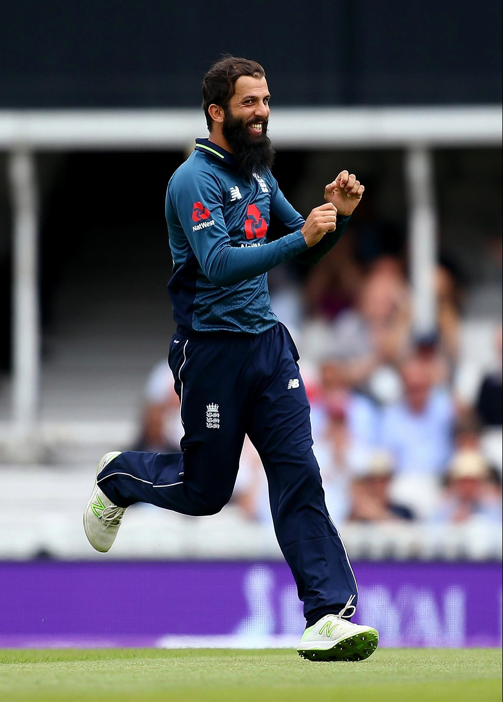 Moeen Ali took three of the first four wickets to remind Australia of his talents
