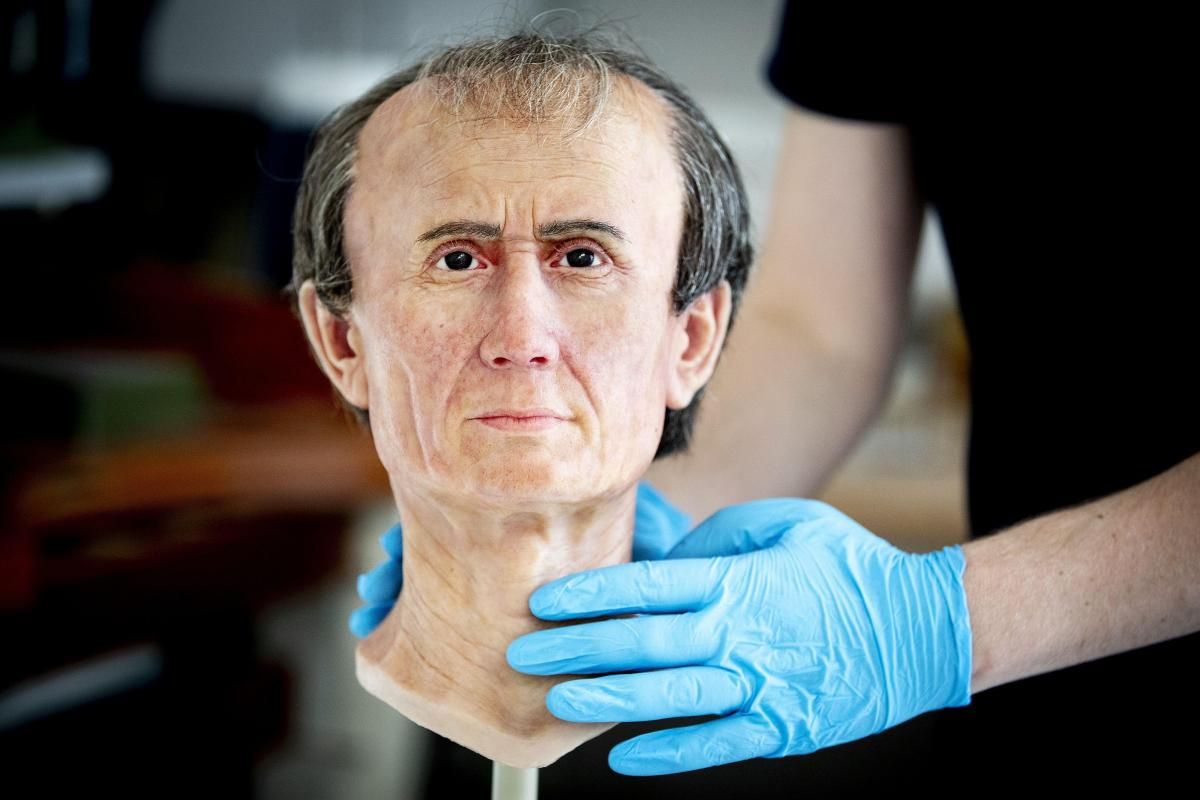 Is This The Face Of Julius Caesar Roman Emperor S Crazy Bulge Revealed After Cool 3d Reconstruction