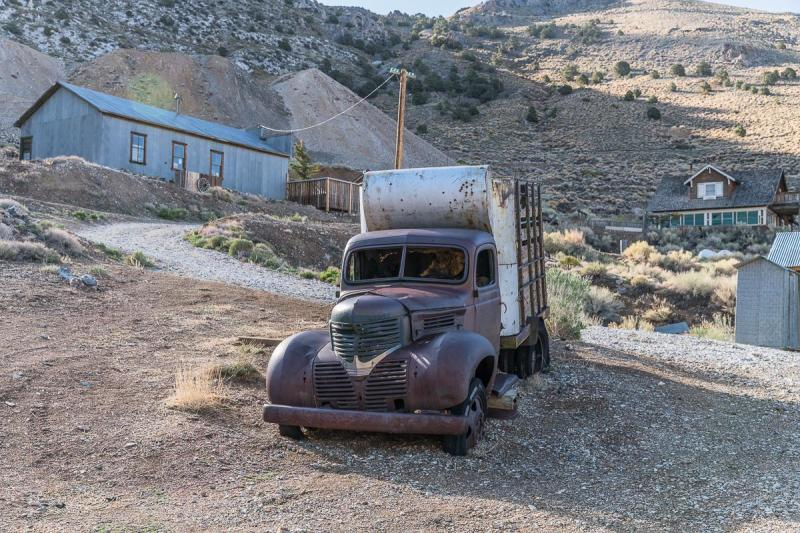 The abandoned site, which still bears the hallmarks of its mining past, spans around 24,000-square feet