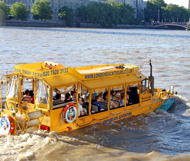 What Are Duck Boats Are Amphibious Vehicles Safe And What Happened In Missouri