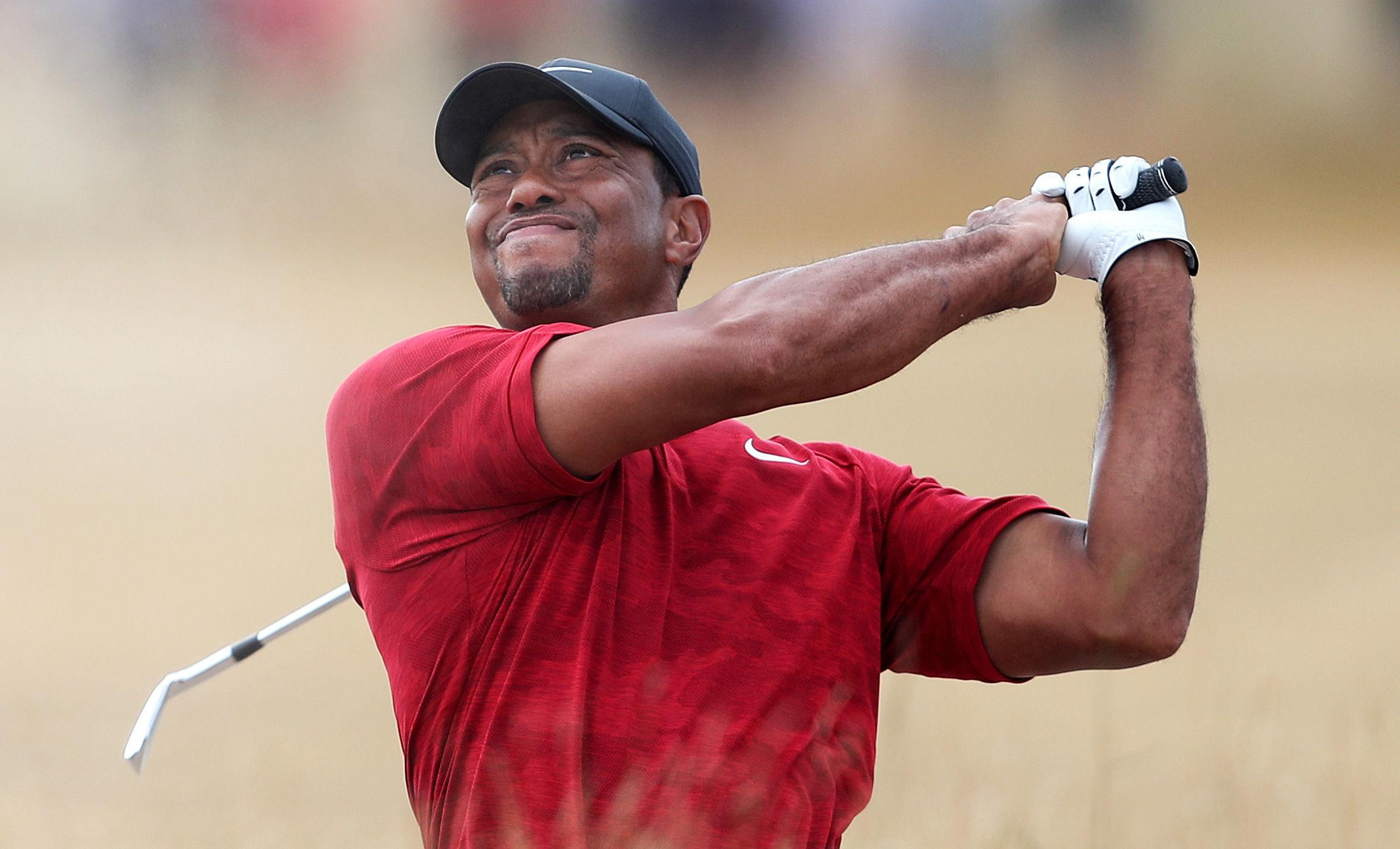 Tiger Woods struck a fan with his golf ball at the 11th hole during the final round of The Open