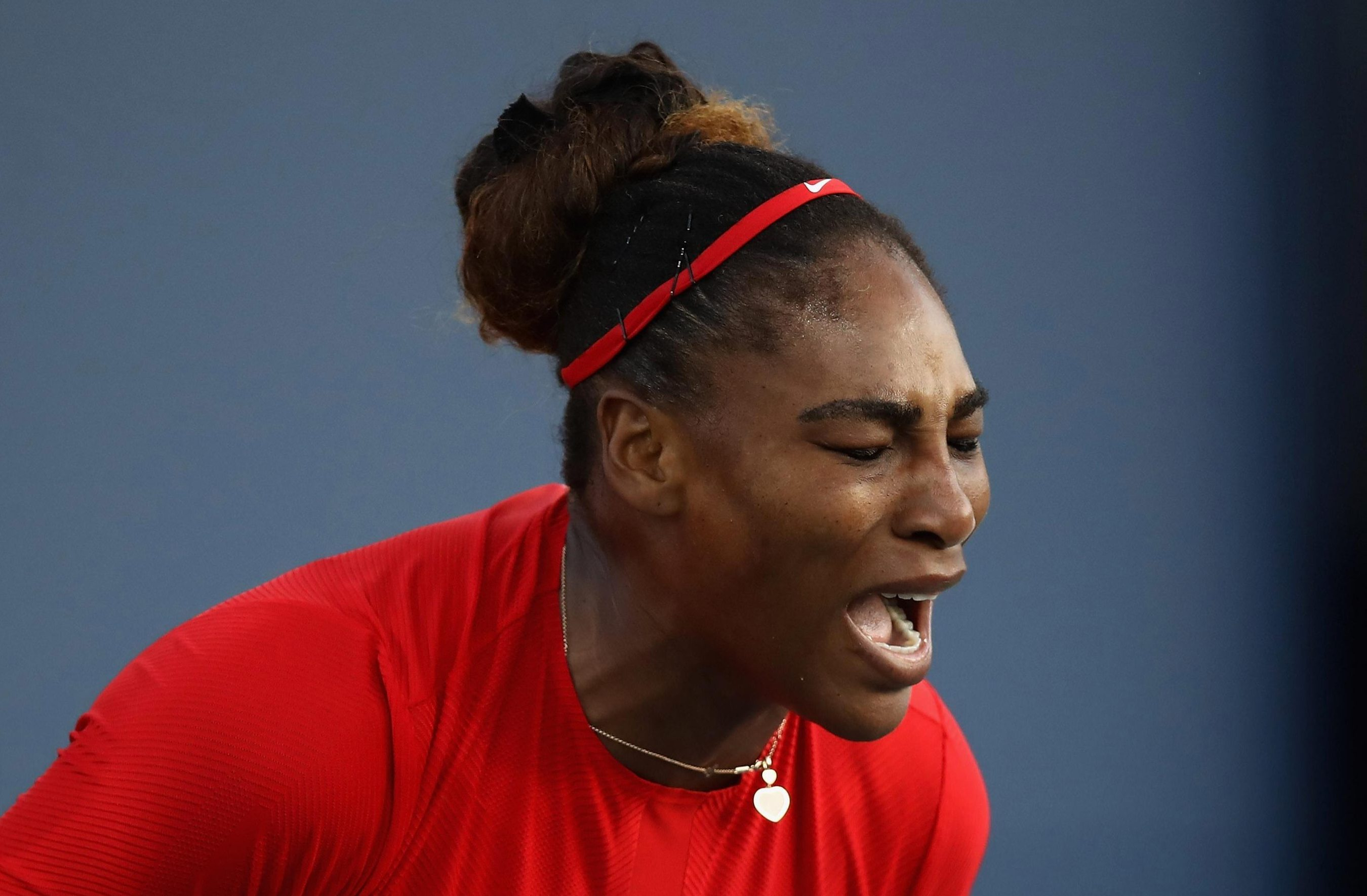 Serena Williams showed her frustration at the defeat to Jo Konta