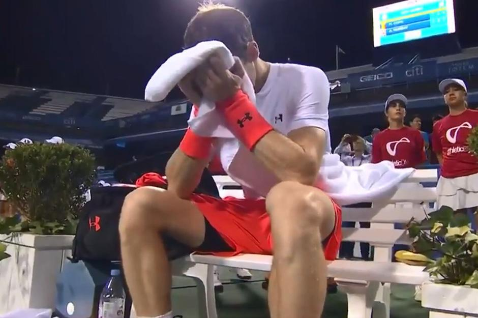 Murray cried into his towel as relief poured out at the end of his victory in Washington