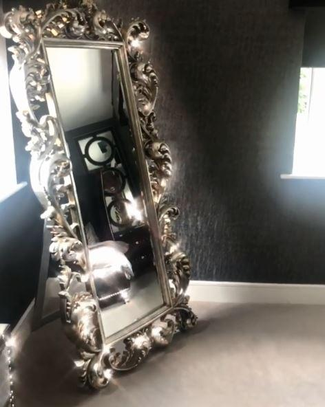 The furniture was extremely bling - including a giant mirror