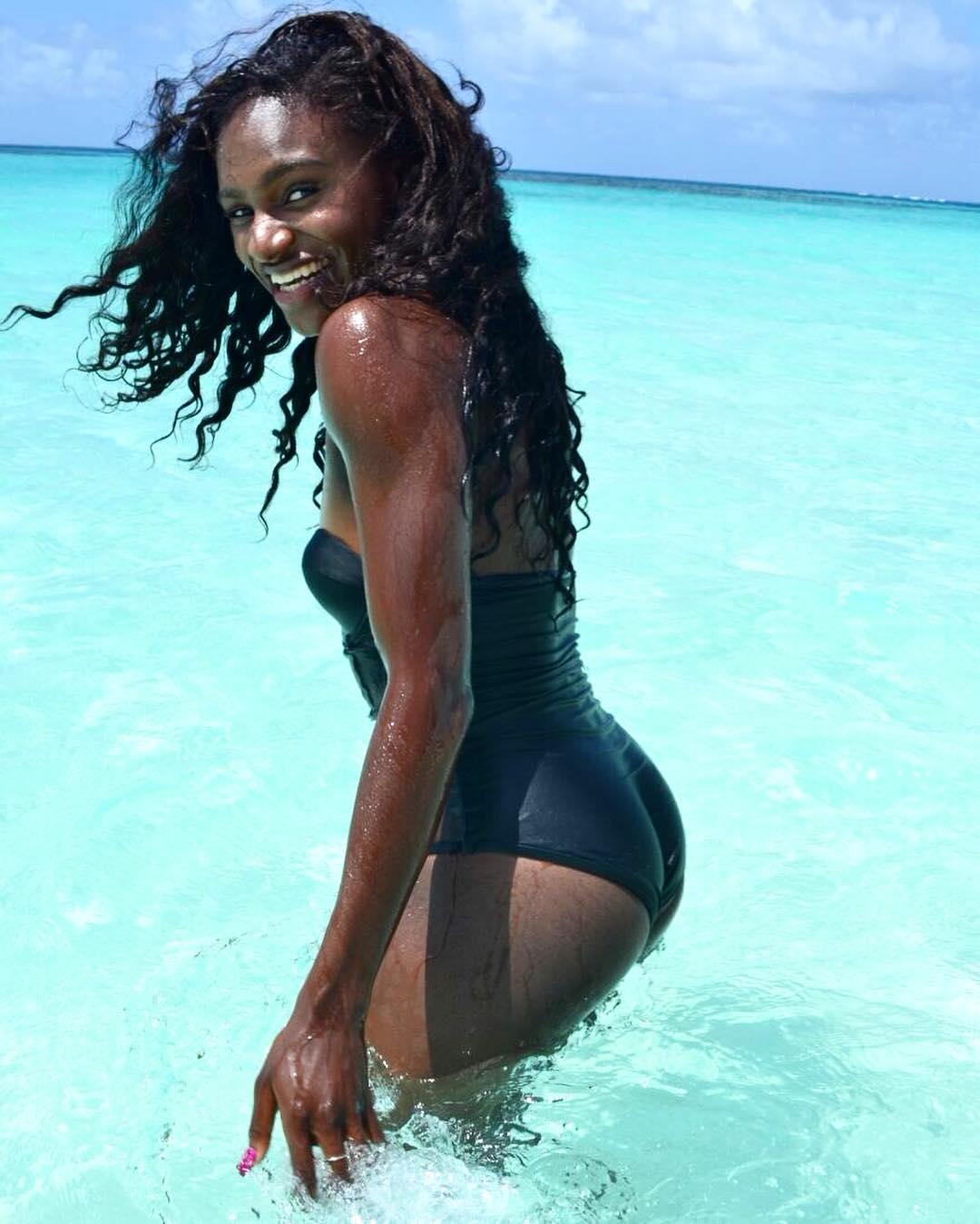 Asher-Smith on holiday in the Caribbean