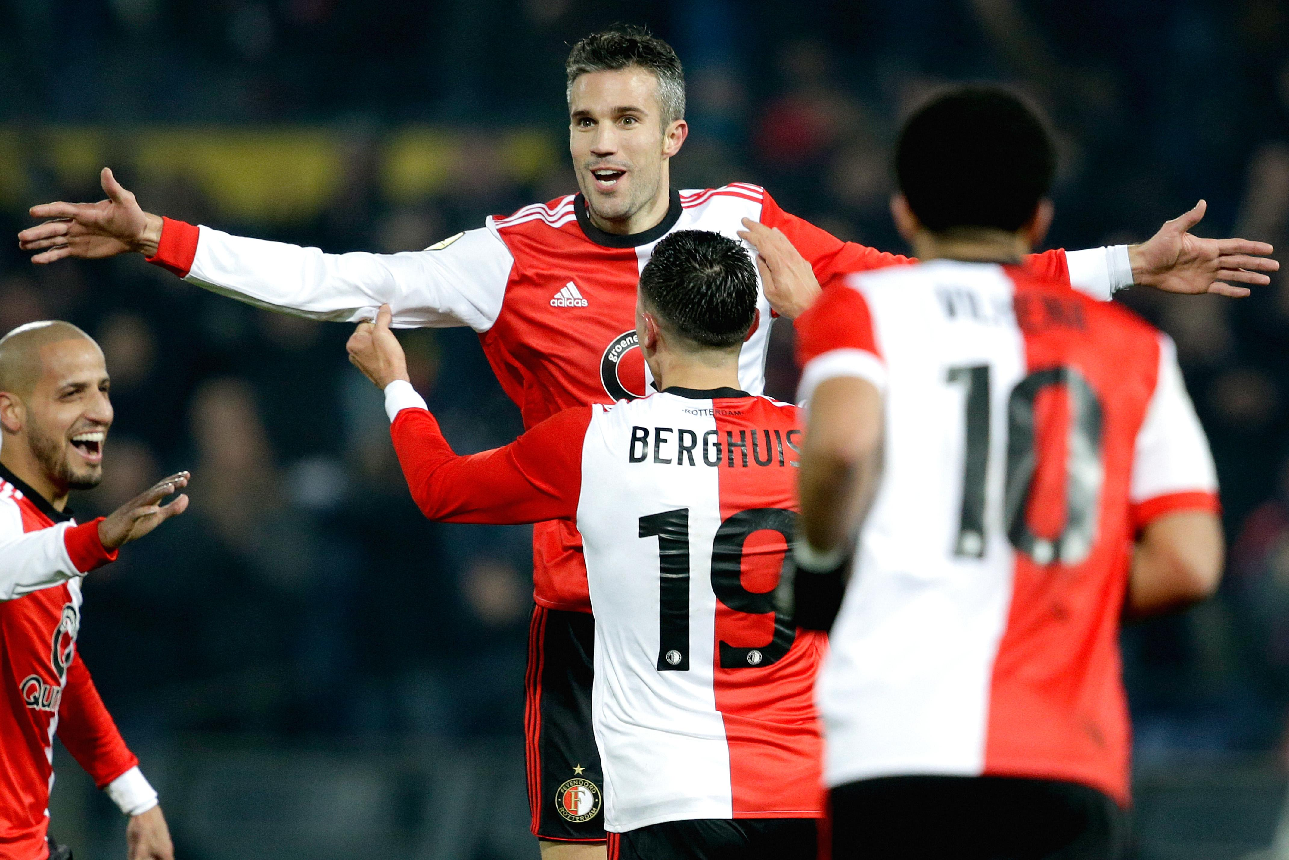 feyenoord s steven berghuis accused of