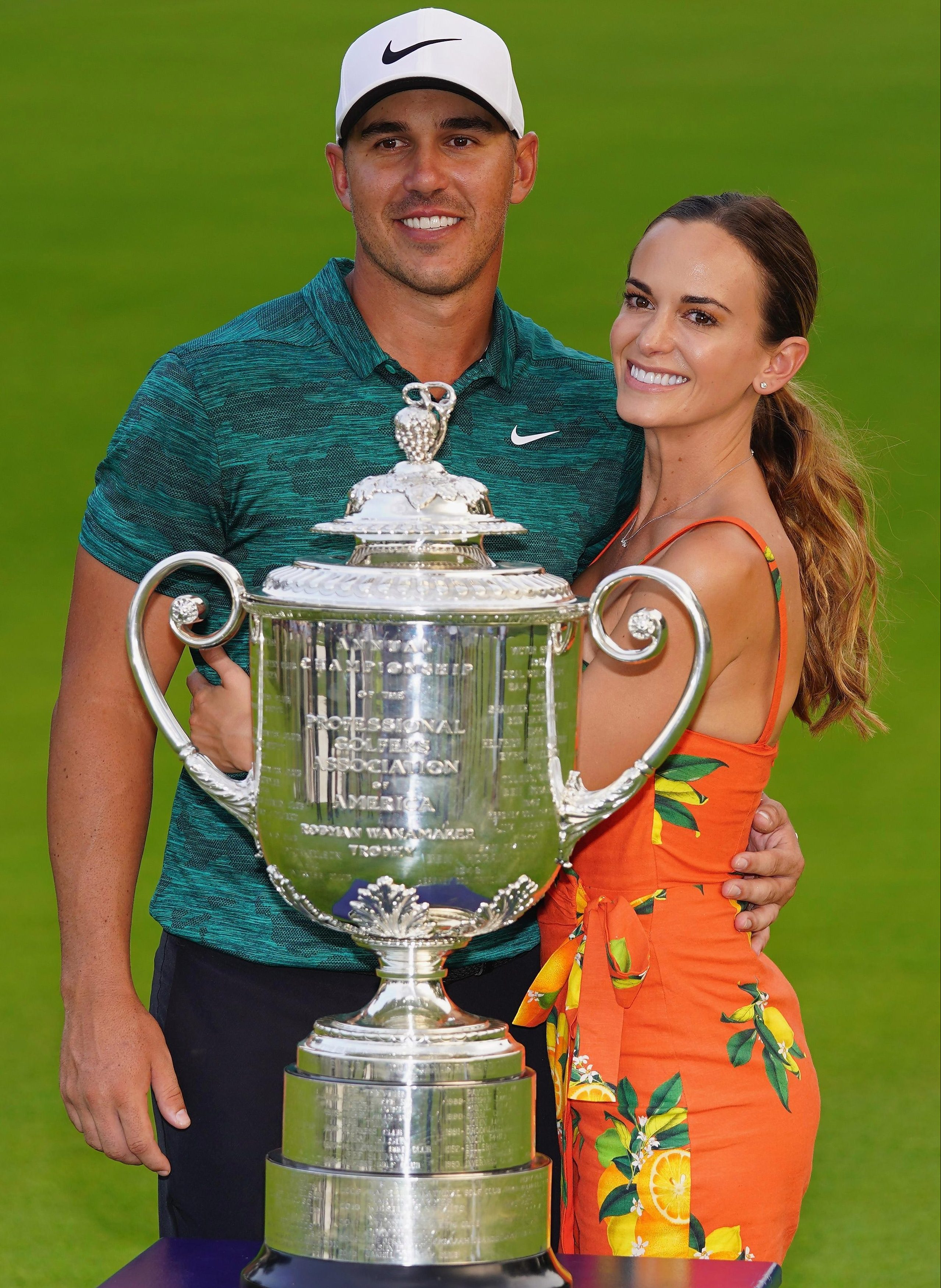 Winner... Brooks with girlfriend Jena Sims